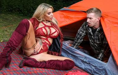 Alice Judge, Danny D – Ficksaison im Backcountry – Brazzers Exxtra (Brazzers)
